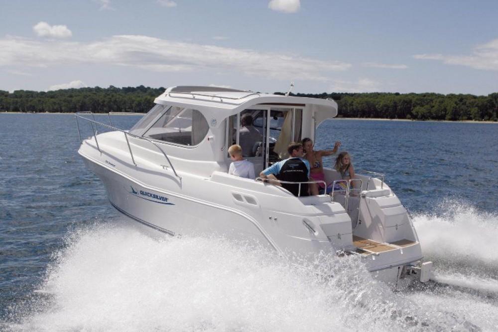 Rental yacht  - Quicksilver Week End on SamBoat