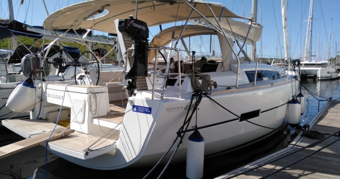 Hire Sailboat with or without skipper Dufour Pula