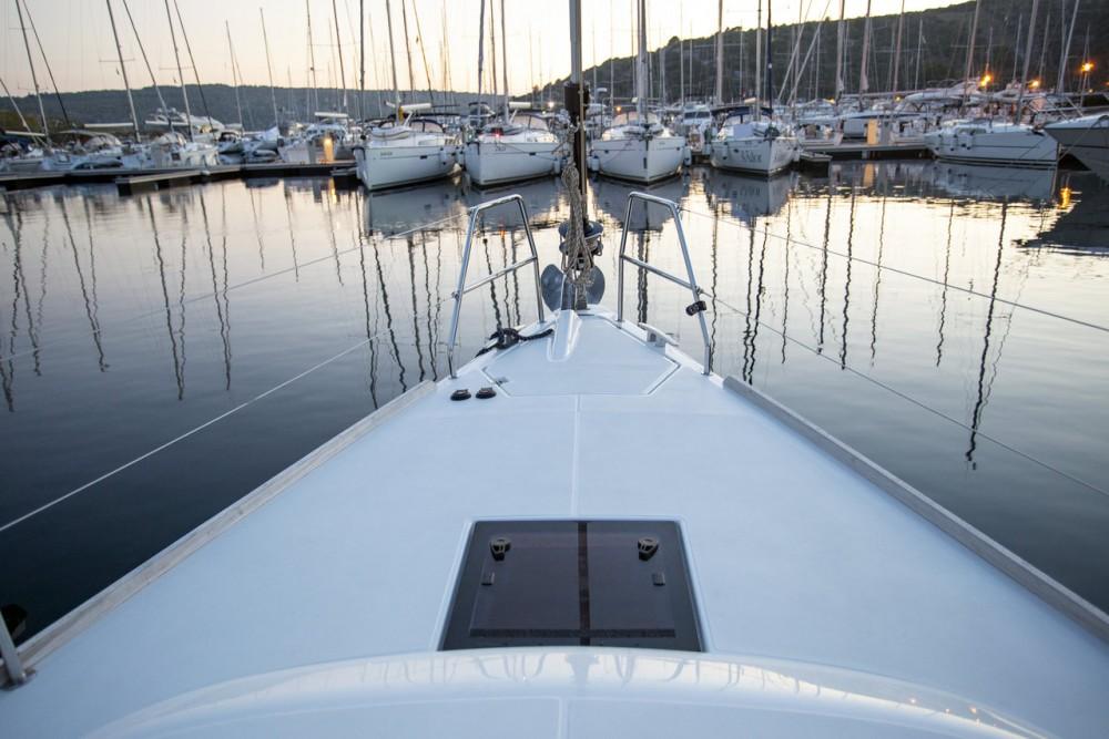Rental Sailboat in Pula - Dufour Dufour 412 GL