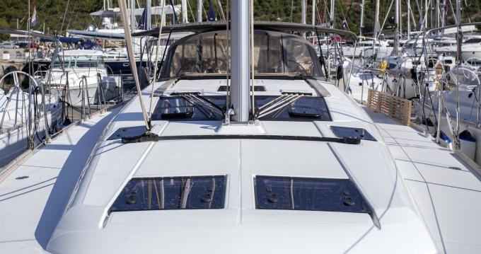 Boat rental Dufour Dufour 460 GL in Città di Pola on Samboat