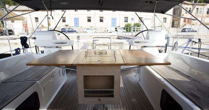 Rental Sailboat in Pula - Dufour Dufour 520 Grand Large