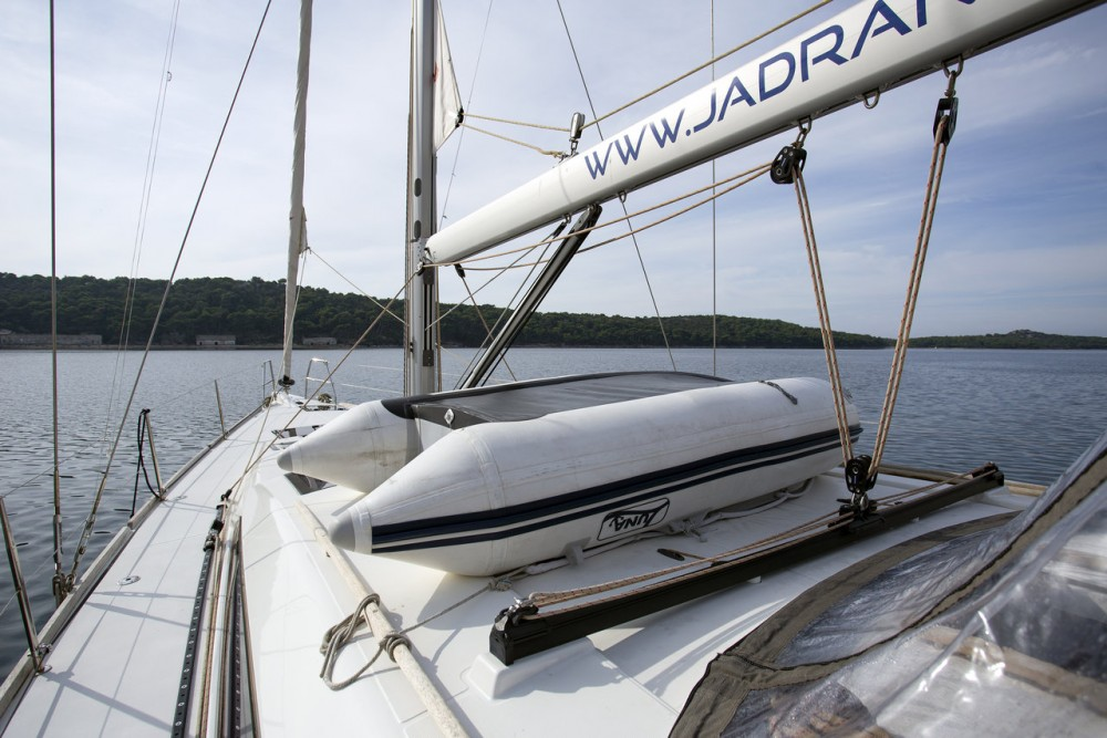 Rental Sailboat in Grad Pula - Dufour Dufour 520 GL