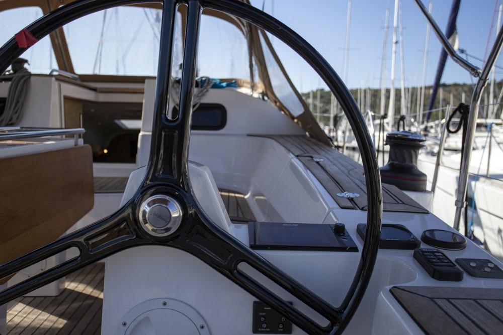 Boat rental Elan Elan Impression 45 in Primošten on Samboat