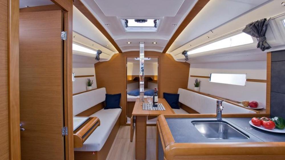 Boat rental Jeanneau Sun Odyssey 349 in Grad Pula on Samboat