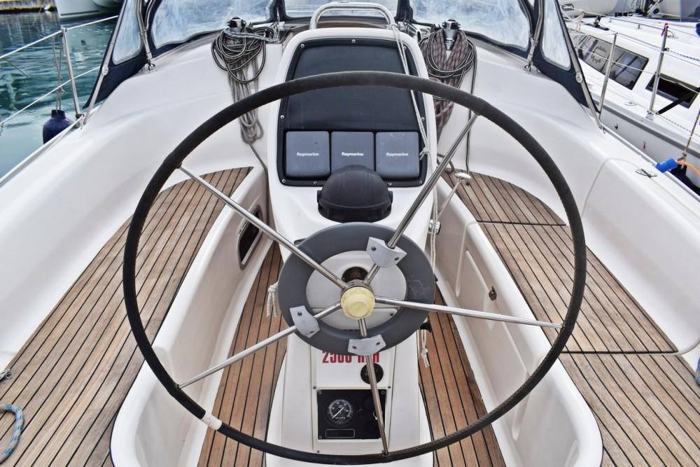 Boat rental Bavaria Cruiser 33 in Croatie on Samboat