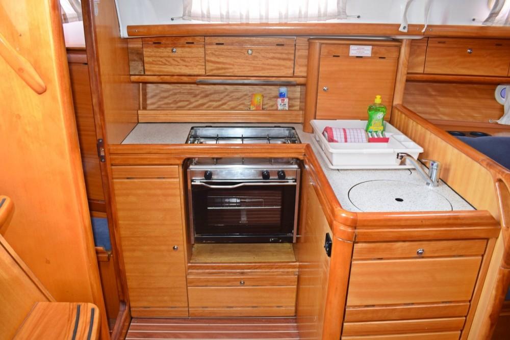 Bavaria Cruiser 33 between personal and professional Marina Kaštela