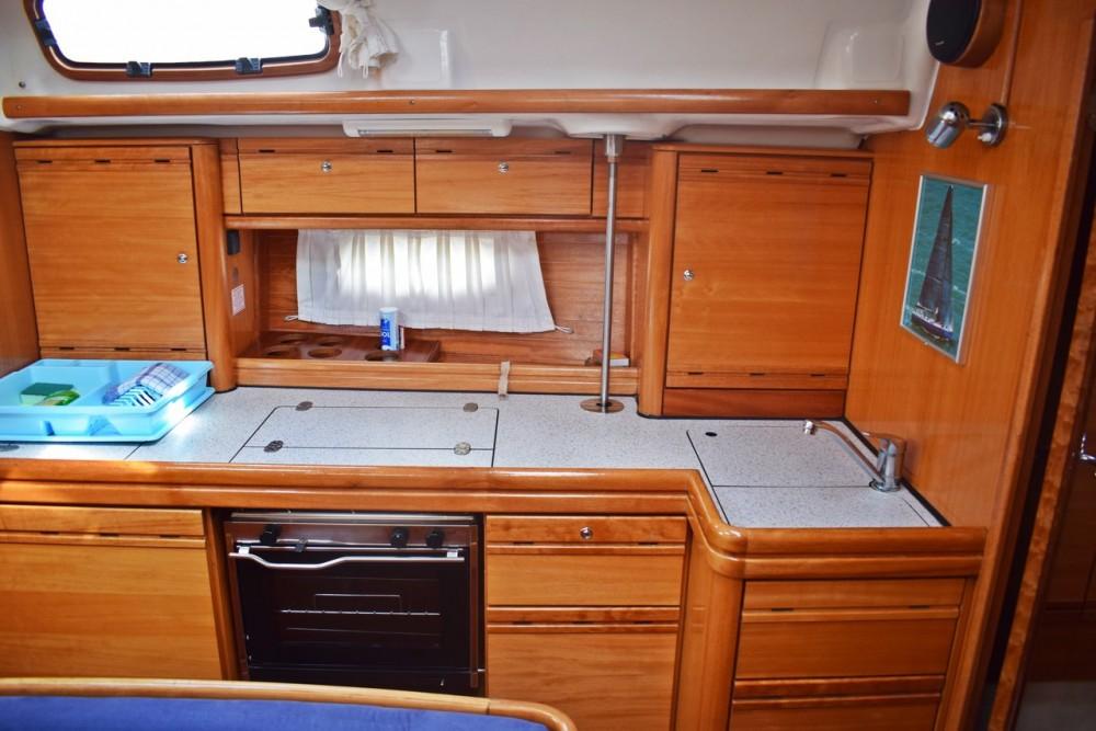 Rental yacht Marina Kaštela - Bavaria Cruiser 39 on SamBoat
