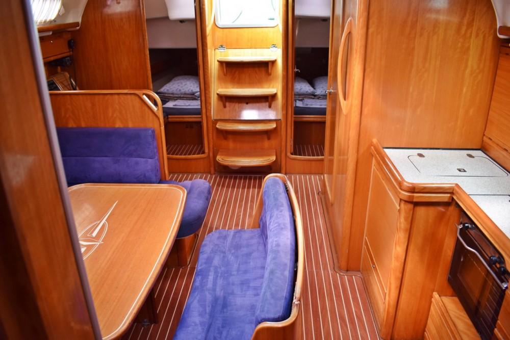 Rental yacht Croatia - Bavaria Cruiser 42 on SamBoat