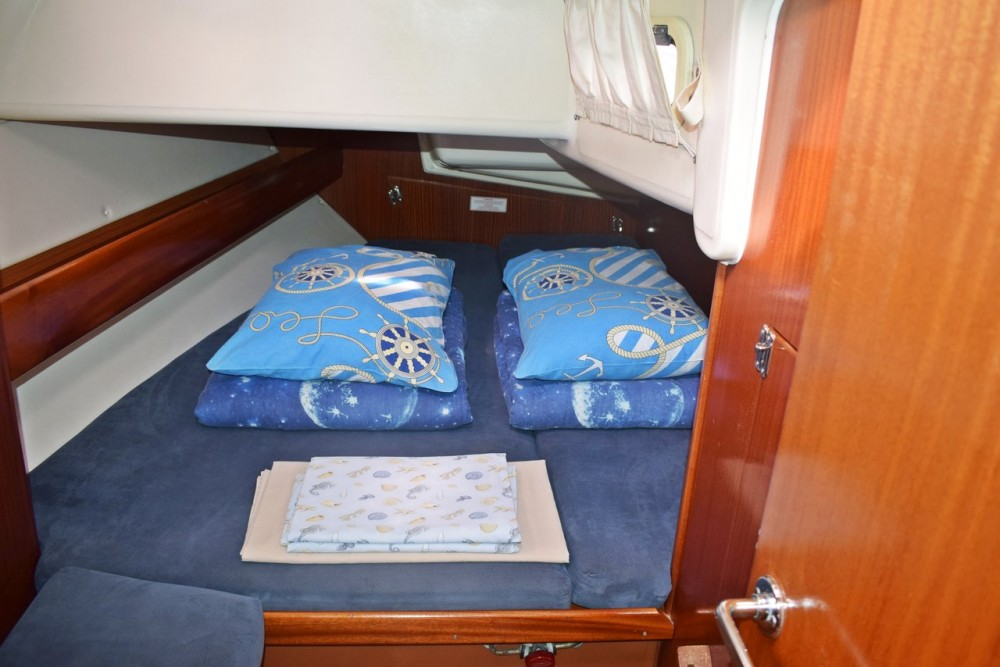 Rental yacht Croacia - Bavaria Bavaria 44 on SamBoat