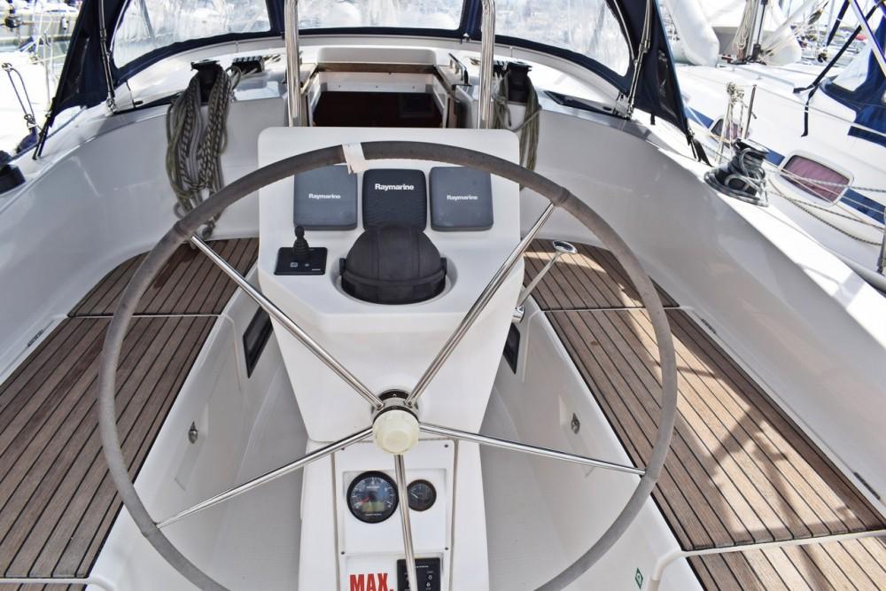 Boat rental Bavaria Cruiser 36 in Croatia on Samboat