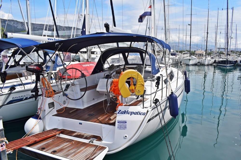 Rent a Bavaria Cruiser 37 Marina Kaštela