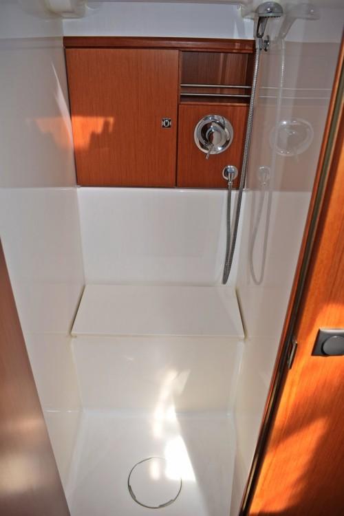 Boat rental Marina Kaštela cheap Cruiser 51