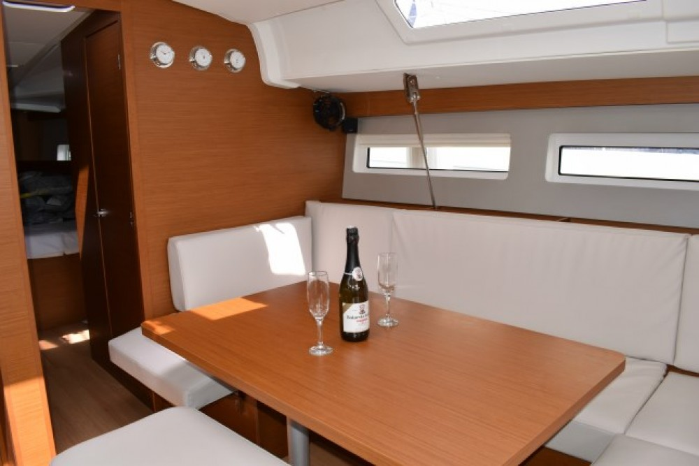 Rental yacht Croatia - Jeanneau Sun Odyssey 490 - 5 + 1 cab. on SamBoat