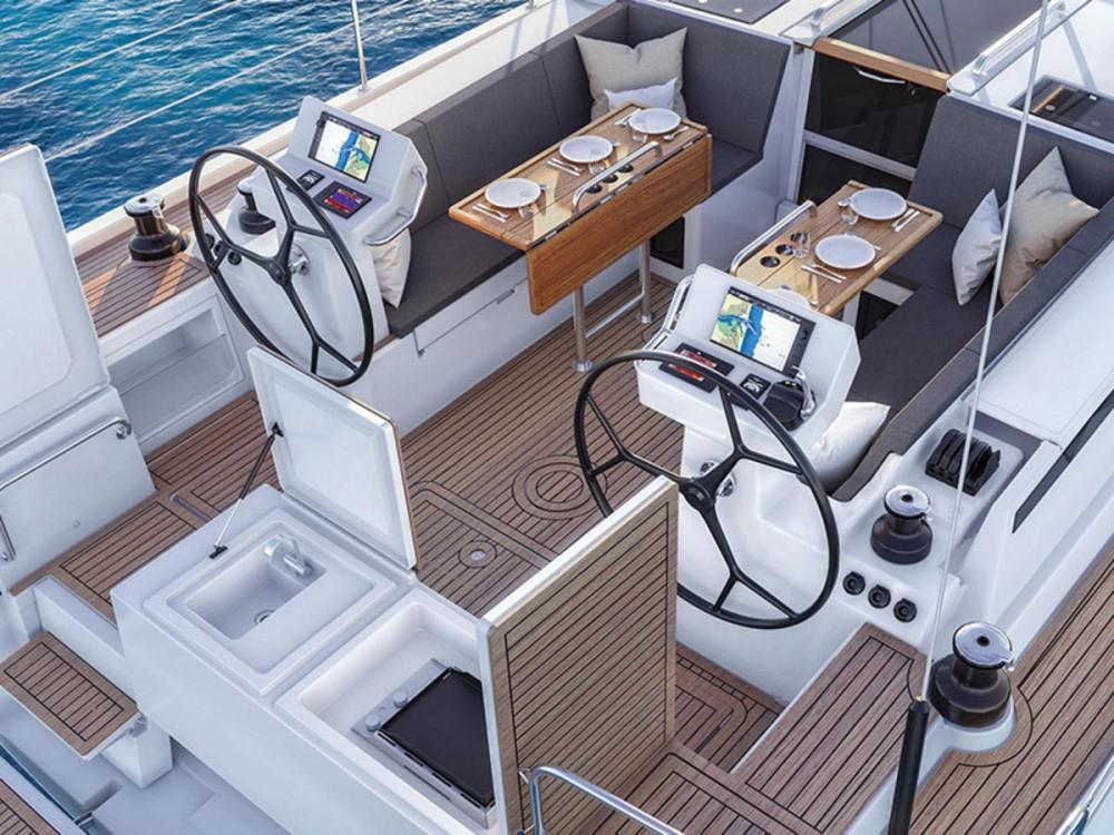 Rental yacht Péloponnèse - Bavaria C 45 on SamBoat