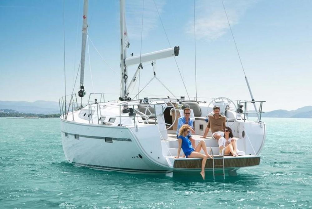 Rent a Bavaria Cruiser 51 Peloponnese