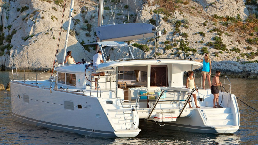 Boat rental Peloponnese cheap Lagoon 400 S2