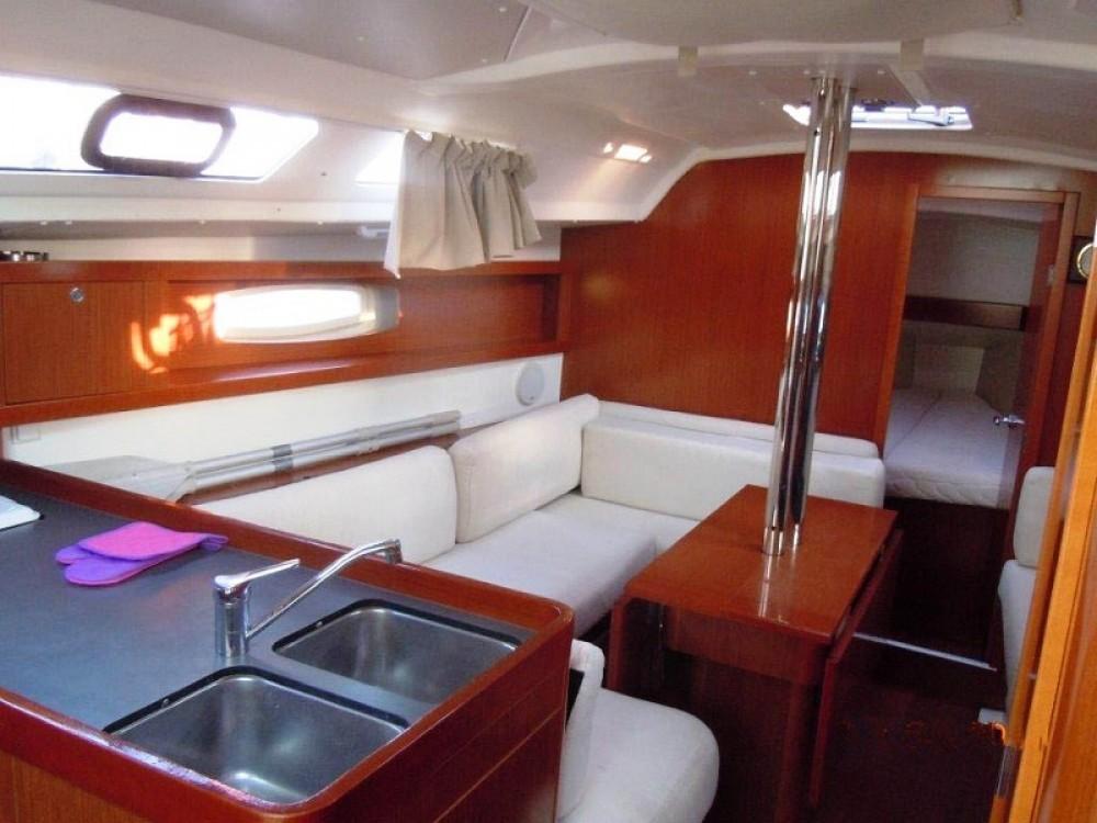 Rental yacht Peloponnese - Bénéteau Oceanis 34 on SamBoat