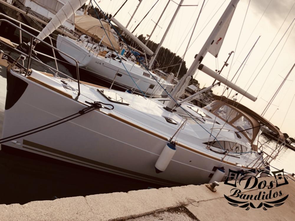 Rental yacht  - Elan Elan Impression 40 on SamBoat