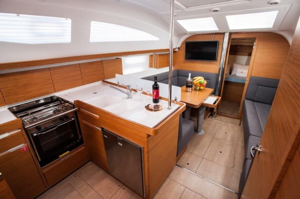 Boat rental Grad Zadar cheap Elan Impression 40