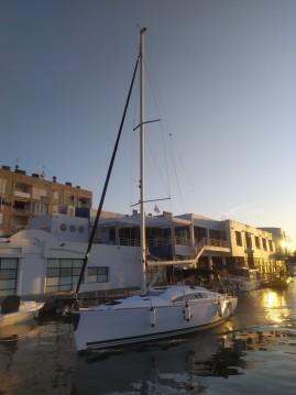 Boat rental Elan Impression 40.1 in Zadar on Samboat