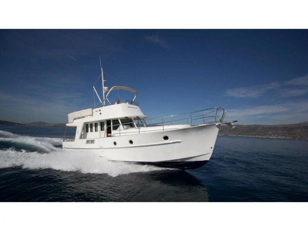 Rental yacht Grad Zadar - Bénéteau Swift Trawler 42 on SamBoat