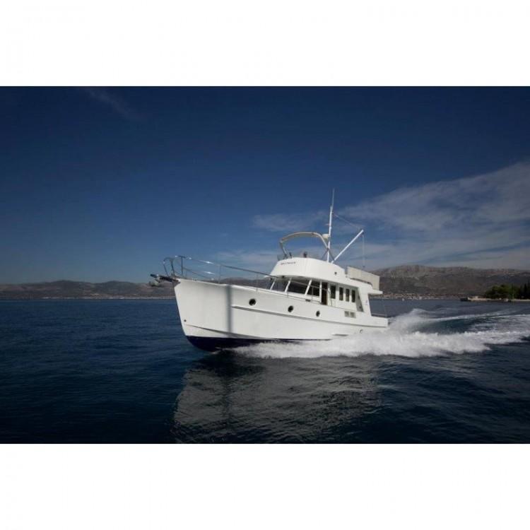 Rent a Bénéteau Swift Trawler 42 Grad Zadar