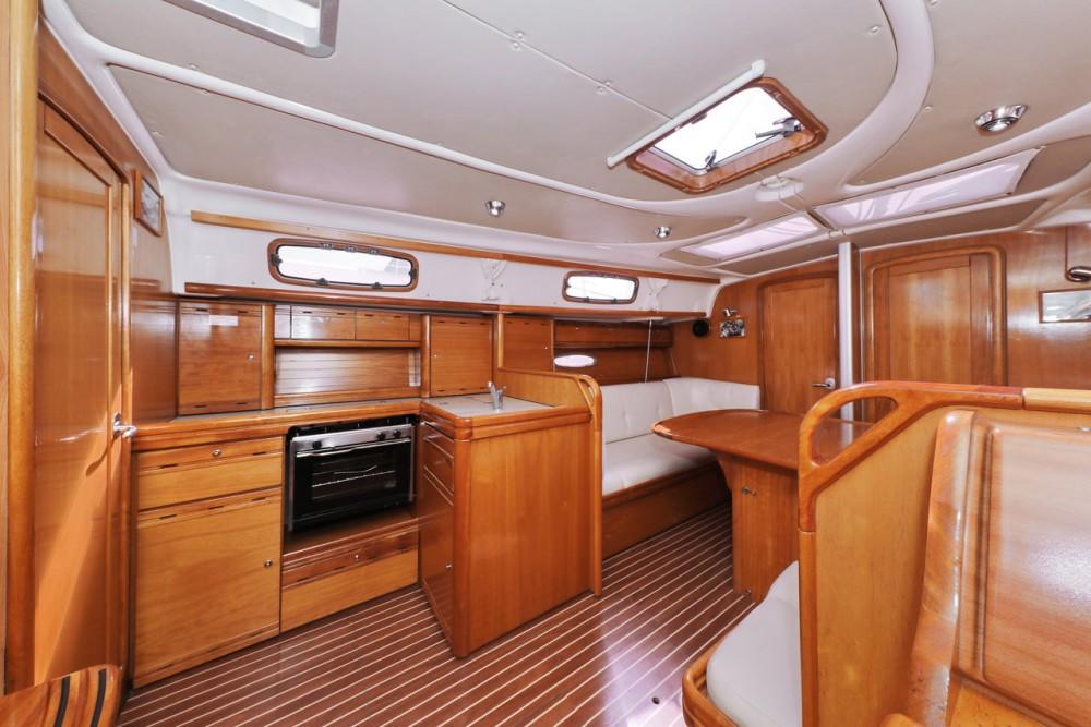 Boat rental Bavaria Cruiser 37 in Grad Zadar on Samboat