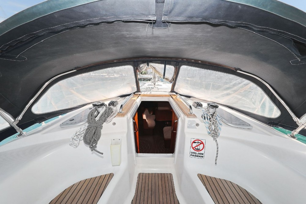 Rental yacht Grad Zadar - Bavaria Bavaria 44 on SamBoat