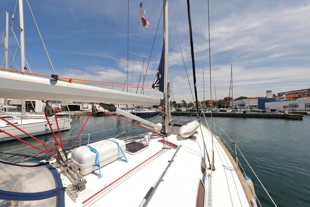 Boat rental Bavaria Cruiser 46 in Grad Zadar on Samboat