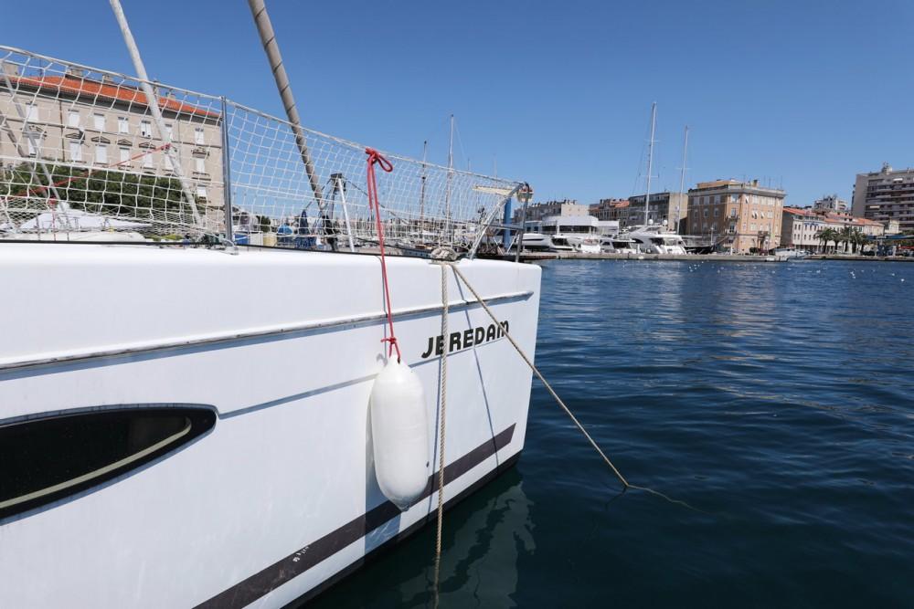 Boat rental Grad Zadar cheap Helia 44
