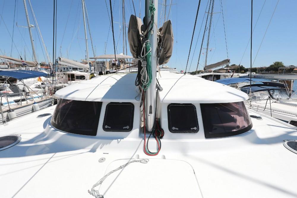 Boat rental Fountaine Pajot Lipari 41 in Grad Zadar on Samboat