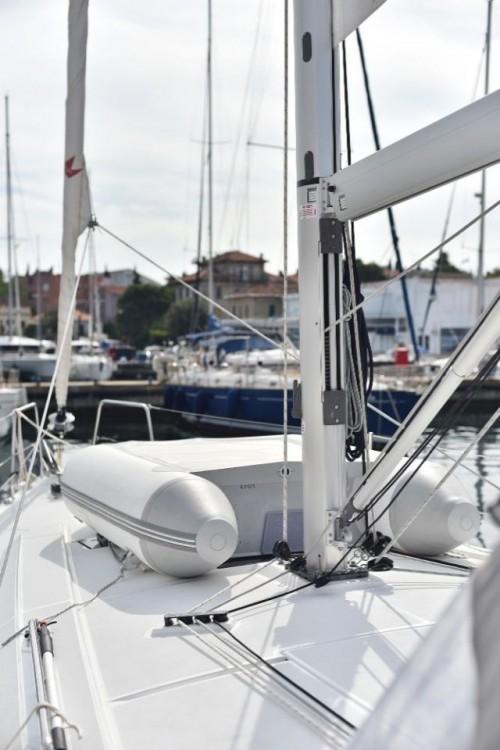 Rental yacht Grad Zadar - Bénéteau Oceanis 41.1 on SamBoat