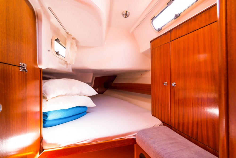 Rental yacht Croatia - Bavaria Bavaria 44 on SamBoat