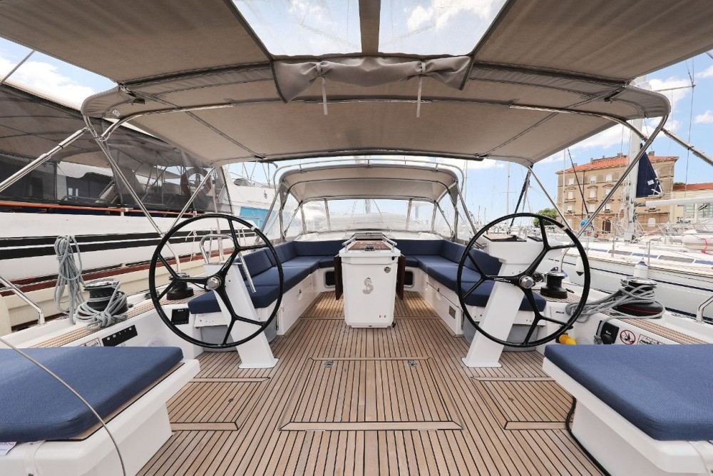 Rental Sailboat in  - Bénéteau Oceanis 51.1 - 5 + 1 cab.