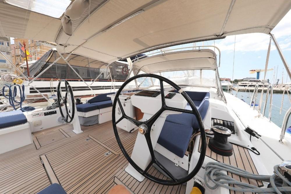 Rental yacht  - Bénéteau Oceanis 51.1 - 5 + 1 cab. on SamBoat