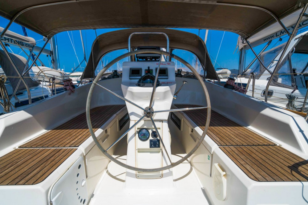 Bavaria Cruiser 36 between personal and professional