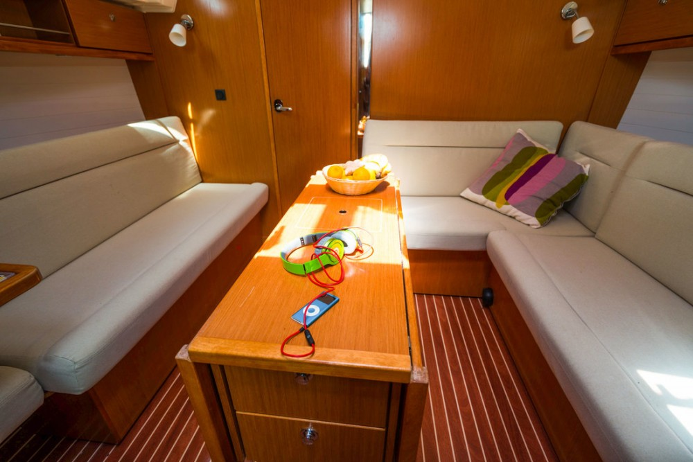 Boat rental  cheap Cruiser 36