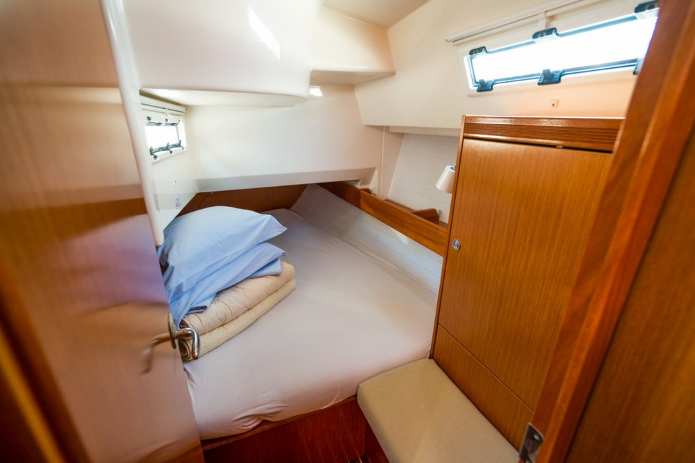 Boat rental Bavaria Cruiser 36 in  on Samboat