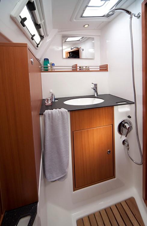 Boat rental Croatia cheap Bavaria Cruiser 36