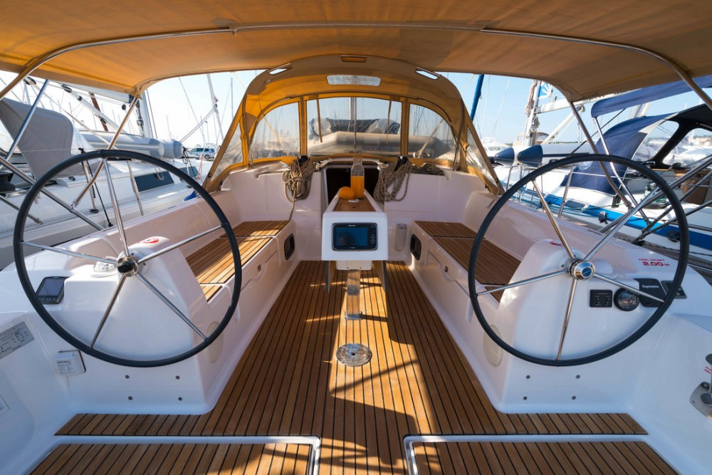 Boat rental Dufour Dufour 382 Grand Large in Croatia on Samboat