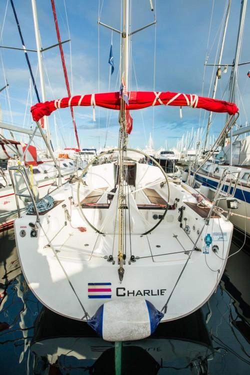 Boat rental Croatia cheap Elan 340