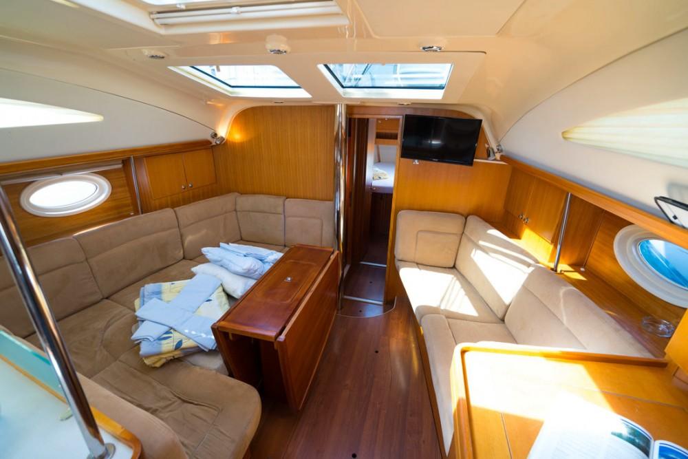 Rental Sailboat in  - Elan Elan 434