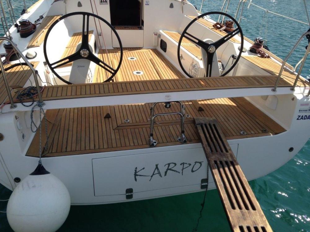 Rental yacht  - Elan Elan 450 Performance - 4 cab. on SamBoat