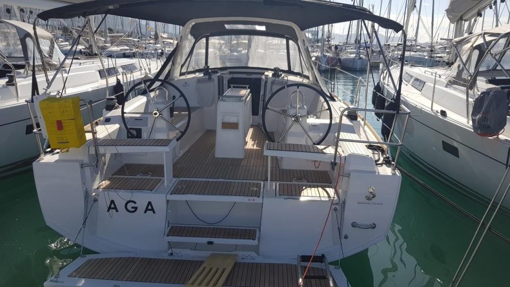 Rental yacht Croatia - Bénéteau Oceanis 38.1 on SamBoat