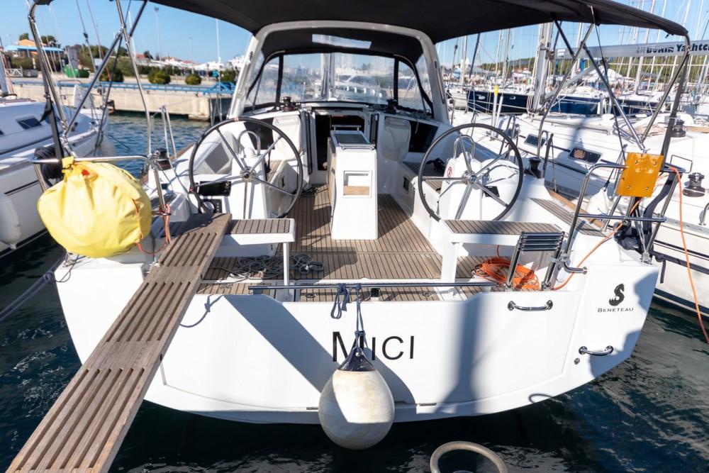 Boat rental Bénéteau Oceanis 38.1 in Croatia on Samboat