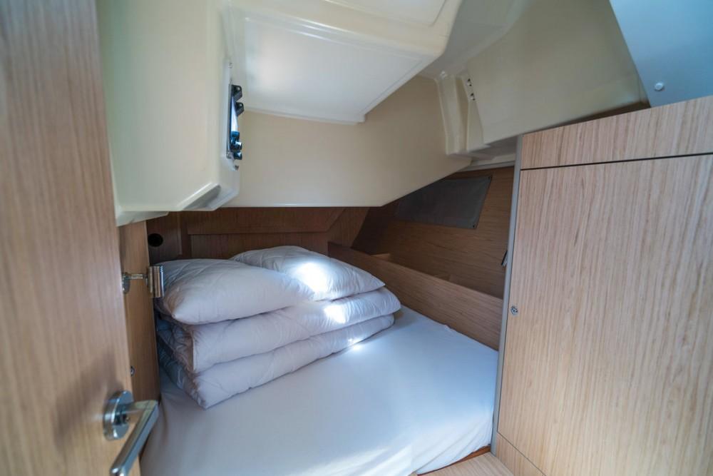 Boat rental  cheap Oceanis 41.1