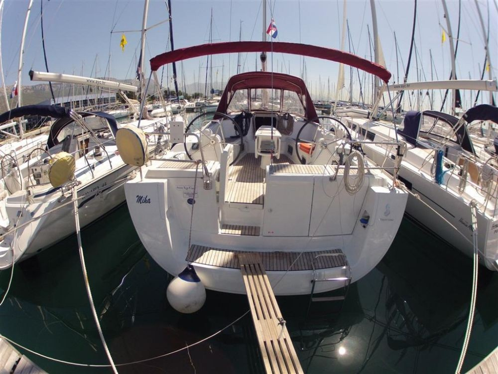 Bénéteau Oceanis 46 between personal and professional Croatia