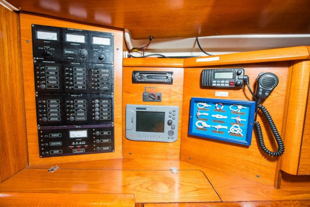 Rental Sailboat in Croatia - Jeanneau Sun Odyssey 43
