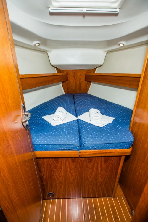 Rental yacht Croatia - Jeanneau Sun Odyssey 43 on SamBoat