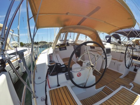 Hire Sailboat with or without skipper Jeanneau Biograd na Moru